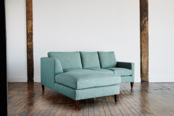DRIGGS_SOFA_SIDE_274