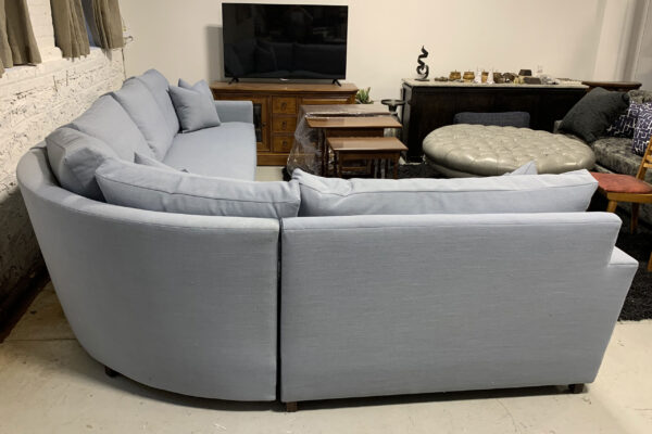 pitch_back_curved_sectional-4